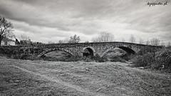 Magoula (kzappaster) Tags: bridge bw samsung greece pancake 16mm stonebridge nx thessaly karditsa mirrorless nx100 magoula samsungnx100 compactsystemcamera 16mmf24