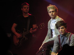 one direction 108 (donkeyjacket45) Tags: dan one 1 louis guitar glasgow 14 january saturday direction 1d fiona secc richards 2012 niall mckinlay horan tomlinson 2011 onedirection danrichards fionamckinlay louistomlinson niallhoran