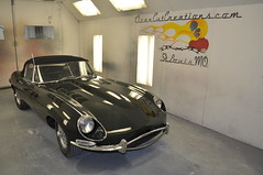 "1966 Jaguar XKE • <a style=""font-size:0.8em;"" href=""http://www.flickr.com/photos/85572005@N00/6704721925/"" target=""_blank"">View on Flickr</a>"