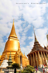 Grand Palace (Shahriar Xplores...) Tags: blue sky people smile sunshine canon thailand temple golden landscapes image bangkok buddha grandpalace dhaka sell bangladesh 1740mm gettyimages gettyimage aisa 17mm 550d t2i requesttolicense shahriarphotography