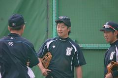 DSC_0020 (mechiko) Tags: 120205 横浜ベイスターズ 渡辺直人 藤田一也 横浜denaベイスターズ 2012春季キャンプ