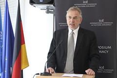 The International Symposium on Cultural Diplomacy in Germany 2016 (Institute for Cultural Diplomacy (ICD)) Tags: world street carnival party berlin tom germany deutschland europa european power martin time forum president hard may parliament before institute international richard unite chancellor conference foreign angela now lead cultures federal cultural symposium minister karneval merkel comission jeanclaude icd affairs diplomacy schulz 2016 wdr kulturen niklaus frankwalter steinmeier buhrow juncker khnel