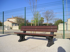 Phoenix Seat (Glasdon UK) Tags: park phoenix bench outdoor seat seats streetfurniture seating external recycledmaterials glasdon glasdonuk