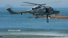 Dia da Marinha 2016 (P.J.V Martins Photography) Tags: portugal flying war lisboa lisbon aircraft navy super helicopter maritime oeiras propeller lynx marinha portuguesa mk95