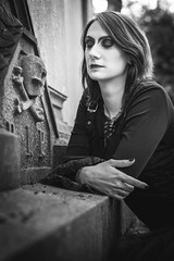 Shooting - Abysse 027 (Thomas Mathues) Tags: portrait cemetery graveyard dark model photoshoot mourning belgium belgique tomb gothic goth shooting widow gothique tombe cimetire modle hainaut