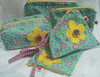 Kit feminino (Ateliê Maçã do Amor - By Carol Lidman) Tags: flor borboleta patchwork camiseta tecido necessaire customização