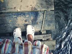 Pra deixar aquele mundo me levar.... (Estranha Euforia) Tags: feet gua  bonito ps pe cachoeira pernambuco estranhaeuforia