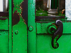 Two green doors - revisited (Walimai.photo) Tags: door espaa verde green lumix spain puerta panasonic explore salamanca ail saelices lx5