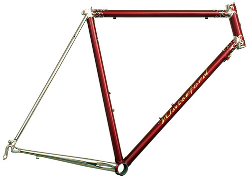 <p>Waterford Nuevo-Coco Custom Lug 60cm Frame, made of stainless steel with polished lugs and stays,  62389</p>