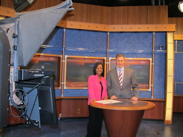 Wmar Tvs Sherrie Johnson & Russ Snyder, Volunteers Of America Chesapeakes Ceo 2
