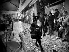 Wet Elegance... (Rui Palha) Tags: street people bw blackwhite lisbon streetphotography rainydays interestingness3 ruipalha