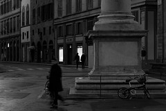 untitled-4 (carpe shot) Tags: street people bw italy night florence cityscape flight streetphotography tuscany firenze loliness