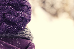 (smawuascht) Tags: winter snow cold snowflakes violet carinthia beanie mütze violett