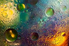 Gotas de luz (martin zalba) Tags: gotas aceite bodegón