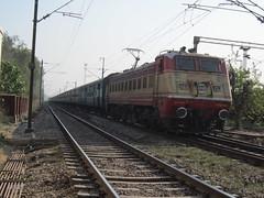 WAP-1 Hirakud Express (SBC Rajdhani) Tags: its yard with east express through lc tkd passes helm gzb 22034 wap1 hirakud vishakhapatnamamritsar