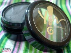 Sombra Preta Yes! Cosmetics (@liviamautoni) Tags: sombra preta 3033 yescometics