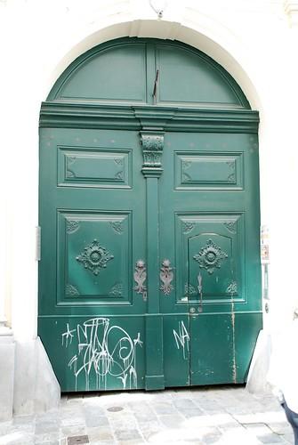 Green door ©  Andrey