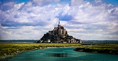 Mont Saint Michel - France (daniellouiscss) Tags: france castle saint photoshop landscape michel mont
