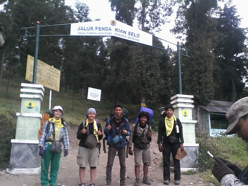 "Pengembaraan Sakuntala ank 26 Merbabu & Merapi 2014 • <a style=""font-size:0.8em;"" href=""http://www.flickr.com/photos/24767572@N00/26558541293/"" target=""_blank"">View on Flickr</a>"