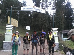 "Pengembaraan Sakuntala ank 26 Merbabu & Merapi 2014 • <a style=""font-size:0.8em;"" href=""http://www.flickr.com/photos/24767572@N00/26558541293/"" target=""_blank"">View on Flickr</a>"