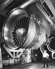 Robert Reedy Collection Image (San Diego Air & Space Museum Archives) Tags: jetengine turbofanengine turbofan highbypassturbofanengine highbypassturbofan generalelectric ge generalelectrictf39 getf39 tf39