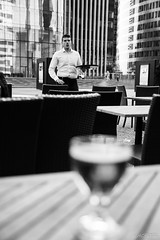 Le Serveur (LACPIXEL) Tags: blackandwhite man france blancoynegro beer skyscraper nikon flickr noiretblanc drink cerveza esplanade fx hombre waiter homme bire ladfense bebida puteaux boisson rascacielo gratteciel immeubles camarero serveur d4s nikonfrance lacpixel
