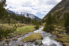 La montagne (Philis.Nat) Tags: montagne canon rivire neige paysage fonte printemps valle vgtation andorre eos7d