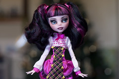 dolly draculaura 3 (Hiritai) Tags: monster high dolls custom mh mattel repaint repainted draculaura