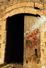 DSC07eyeye752 (1) (fadi haddad333) Tags: jordan من في haddad fadi حداد irbid اثار قديم اثري جدار فادي بقايا الاردن اربد huwwarah بلده مرعي لمنزل حوارة حواره
