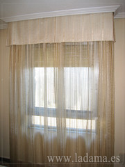 "Decoración para Salones Clásicos: Cortinas con Dobles Cortinas y Bandos, Tapicerías, Paneles Japoneses, Estores... • <a style=""font-size:0.8em;"" href=""http://www.flickr.com/photos/67662386@N08/6476319055/"" target=""_blank"">View on Flickr</a>"