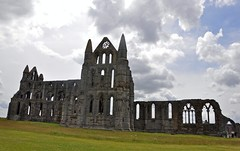 4347 (benbobjr) Tags: uk england cliff heritage church abbey lady religious ruins christ unitedkingdom yorkshire religion north ruin dracula christian east henry monastery northumbria whitby christianity benedictine henryviii northyorkshire hilda whitbyabbey listedbuilding caedmon anglosaxon englishheritage gradei eastcliff monasteries bramstoker kinghenry dissolution benedictineabbey synod dissolutionofthemonasteries gradeilistedbuilding cholmley oswy streoneshalh kingofnorthumbria ladyhilda streonshal oswiu synodofwhitby whitbymansion cholmleys