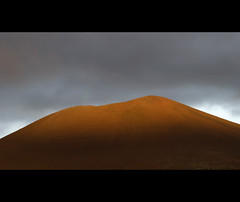 Earth (Dani℮l) Tags: travel sunset sunlight mountain landscape iceland daniel peninsula volcanic ísland stykkishólmur landschap snæfellsnes bosma ijsland vesturland