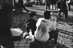 fuji_400PR_1112101957_010 (melonhouse) Tags: monochrome japan 50mm tokyo fuji snap epson asakusa bessar3a sensojitemple gtx820 fujineopan400prest carlzeissplanar250zm