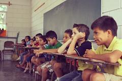 En la Clase (Homero.Montemayor) Tags: school méxico kids classmates books niños learning escuela learn aprender pizarron aprendiendo escuelapública escuelaprimaria escueladegobierno