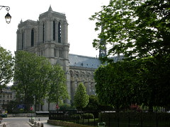 2008-05-10 Notre Dame in Paris (beranekp) Tags: old paris france history church frankreich alt religion iglesia kirche chiesa igreja notre dame glise kostel