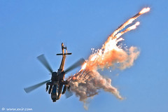 Boeing AH-64D Apache Longbow - Israel Air Force (xnir) Tags: israel apache force aviation air boeing flares nir  longbow benyosef ah64d xnir  photoxnirgmailcom
