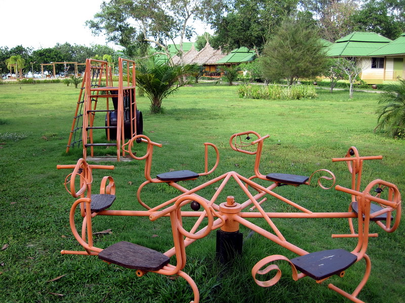 Payam Cottage Resort. Kids play area