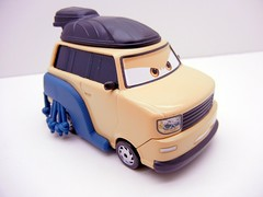 DISNEY CARS 2 OVERSIZED PINION TANAKA (2) (jadafiend) Tags: scale kids toys model disney puzzle pixar remotecontrol collectors adults variation francesco launcher cars2 crewchief lightningmcqueen lewishamilton targetexclusive kmartexclusive collectandconnect raoulcaroule jeffgorvette johnlassetire carlomaserati piniontanaka carlavelosocrewchief mcqueenalive denisebeam meldorado pitcrewfillmore francescoscrewchief
