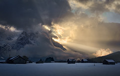 Menacing Beauty (@hipydeus) Tags: light sunset mountains clouds landscape bavaria rays wrath zugspitze caradhras ✪