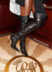 New Year's City Trip - Rosina on the way to the New Year's Party (Rosina's Heels) Tags: leather high boots thigh heels overknee
