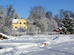 The old Bakery (Steffe) Tags: winter house snow 2004 canon sweden tungelsta haninge lsta ahlfont