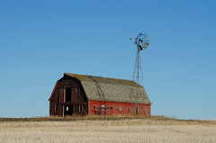 Old Prairie Barn (C-Dals) Tags: sky building barn nikon farm alberta nikkor prairies sh8 70300mmf4556gvr scavengerhunt101 d5100