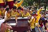 Black Nazarene 2012: isa(one), dalawa(two), tatlo(three), SALYA (push) (Gerald Tejada) Tags: black philippines january 9 na manila ng pista nazareno 2012 quiapo nazarene itim