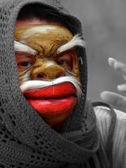 Maschera (MILESI FEDERICO) Tags: portrait donna nikon colore sguardo rosso colori ritratto bianconero ragazza profilo signora exilles milesi rievocazione