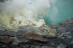 Sulfur Industry (Nicolas Chaperon) Tags: indonesia lumix smoking crater sulfur smokes gf1 ijen kawah