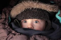IMG_7014 (dams1975) Tags: hiver ange yeux bleu bonnet mode enfant chaud bébé cocoon visage regard manteau douillet redcastle yeuxbleus visagedenfant niddange niddouillet regarddenfant obaïbi yeuxdenfant yeuxbleusdenfant yeuxbleusbébé