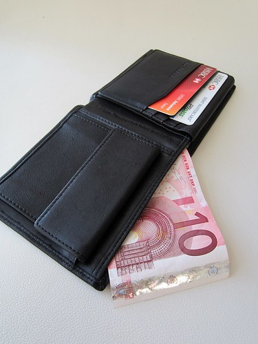euro wallet creditcarddebt