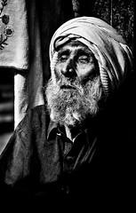 Old man begging on the street (ShaukatNiazi) Tags: old city pakistan streets nikon inner 1855mm rawalpindi shaukat 55200mm niazi d7000