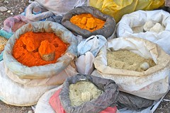 Color and Spice! (**El-Len**) Tags: africa orange color market spices ethiopia eastafrica harar fav10 harer thegalleryoffinephotography