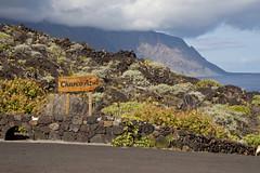 El Hierro - Punta de la Dehesa (drloewe) Tags: mountains azul island rocks stones insel berge steine felsen islascanarias atlantik charco elhierro puntadeladehesa